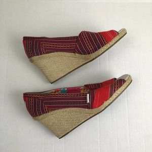 Toms Michelle Red Aztec Peep Toe Wedge Shoes